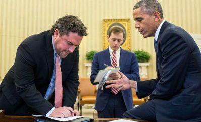 Foto: Pete Souza/White House  http://www.whitehouse.gov/photos-and-video/photogallery/november-2014-photo-day